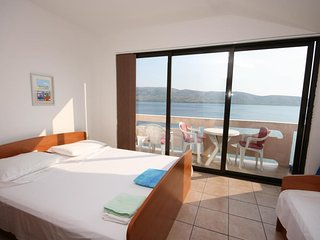 Two bedroom apartment Zubovici, Pag (A-6387-a)