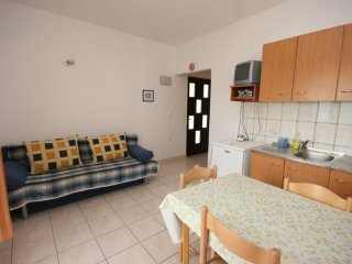 Two bedroom apartment Zubovići, Pag (A-6387-d)
