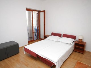 One bedroom apartment Metajna, Pag (A-6337-d)