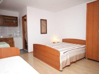 Studio flat Makarska (AS-6693-a)