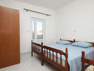 One bedroom apartment Metajna, Pag (A-6348-d)