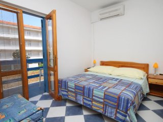 Studio flat Sucuraj, Hvar (AS-6852-i)