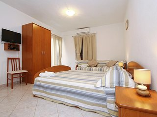 Studio flat Sukosan, Zadar (AS-6229-b)