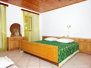 One bedroom apartment Klenovica, Novi Vinodolski (A-5580-c)