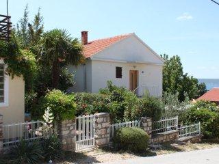 Two bedroom apartment Maslenica, Novigrad (A-6569-a)