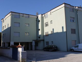 Two bedroom apartment Pula (A-7178-a)