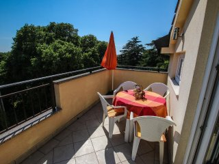 Porec Apartment Sleeps 3 with Air Con and WiFi - 5466764