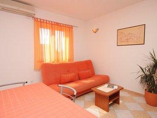 Two bedroom apartment Novigrad (A-6936-c)