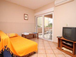 Two bedroom apartment Povljana, Pag (A-7505-c)
