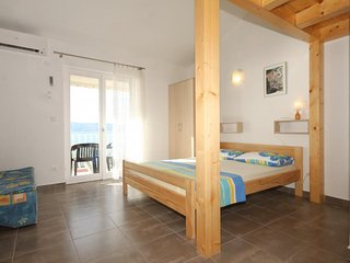 Studio flat Duće, Omiš (AS-7532-e)