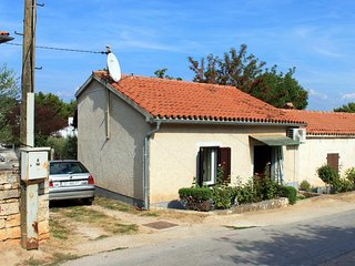 One bedroom house Tar, Porec (K-7025)
