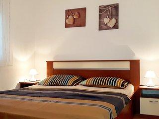 Three bedroom apartment Vrsi - Mulo (Zadar) (A-5859-a)