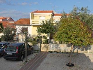 Three bedroom apartment Vrsi - Mulo, Zadar (A-5859-a)