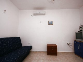 One bedroom apartment Kustici, Pag (A-4086-d)