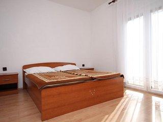 Two bedroom apartment Novalja, Pag (A-4067-b)