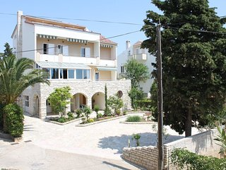 Two bedroom apartment Novalja, Pag (A-6317-a)