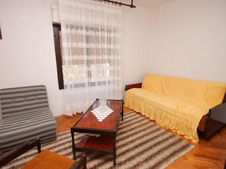 One bedroom apartment Rogoznica (A-7558-b)