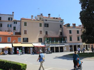 Two bedroom apartment Rovinj (A-7733-a)