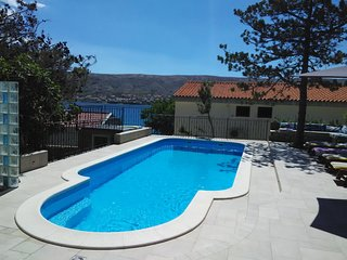 Pag Apartment Sleeps 2 with Pool Air Con and WiFi - 5465852