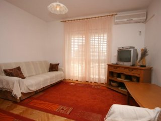 One bedroom apartment Podgora, Makarska (A-6681-b)