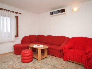 One bedroom apartment Ćunski, Lošinj (A-7867-c)