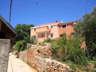 Two bedroom apartment Cunski, Losinj (A-8010-a)