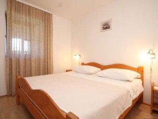 Two bedroom apartment Susak, Losinj (A-8050-d)
