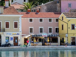 One bedroom apartment Mali Losinj (Losinj) (A-8001-a)