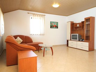 Two bedroom apartment Mali Losinj, Losinj (A-3443-a)