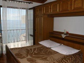Two bedroom apartment Podgora, Makarska (A-2614-d)