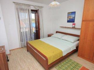Two bedroom apartment Kali, Ugljan (A-8202-a)