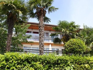 One bedroom apartment Opatija - Volosko, Opatija (A-7872-a)