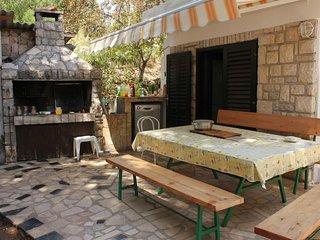 Mali Losinj Apartment Sleeps 3 with Air Con - 5467732