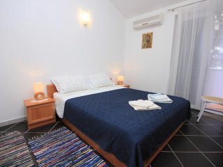 One bedroom apartment Artatore, Lošinj (A-7935-c)