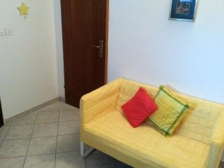 One bedroom apartment Preko, Ugljan (A-8179-b)