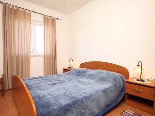 One bedroom apartment Kraj, Pašman (A-8247-e)