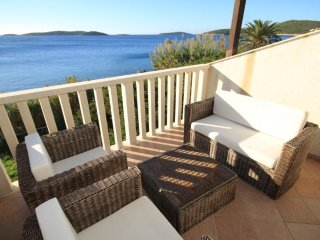 Podstrazje Apartment Sleeps 4 with Air Con - 5469060