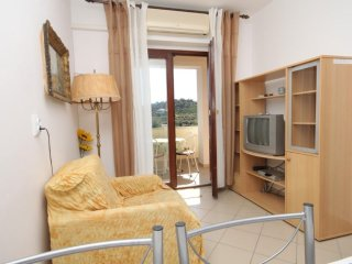 Two bedroom apartment Mali Lošinj (Lošinj) (A-7879-c)