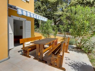 Cunski Apartment Sleeps 4 with Air Con - 5467822