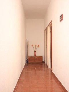 Hallway 2, Surface: 9 m²