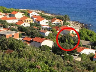 Two bedroom apartment Milna (Vis) (A-8943-a)