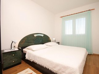 One bedroom apartment Razanj, Rogoznica (A-8361-b)