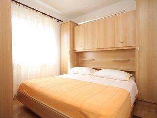 One bedroom apartment Razanj, Rogoznica (A-8361-c)