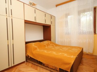 Two bedroom apartment Kali, Ugljan (A-8234-c)