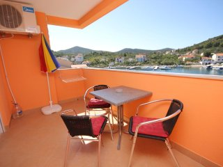 Lukoran Apartment Sleeps 4 with Air Con and WiFi - 5468454