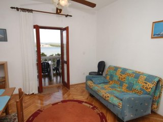 Two bedroom apartment Mrljane, Pašman (A-8464-b)