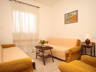 Two bedroom apartment Mrljane, Pasman (A-8498-b)
