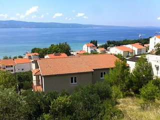 Two bedroom apartment Duce (Omis) (A-8631-a)
