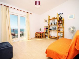 Two bedroom apartment Duće, Omiš (A-8631-a)