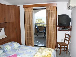 One bedroom apartment Mandre (Pag) (A-8655-b)